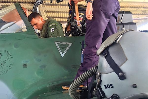 Inicio voos solo em A-29 no Esquadrao Joker em 2016 - foto FAB