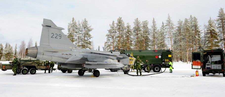 Novo conceito apoio Gripen desdobrado - foto 2 Forças Armadas Suecas