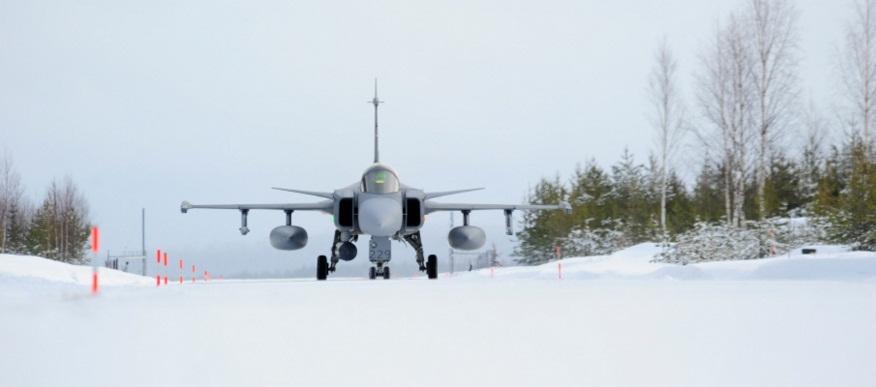 Novo conceito apoio Gripen desdobrado - foto 3 Forças Armadas Suecas