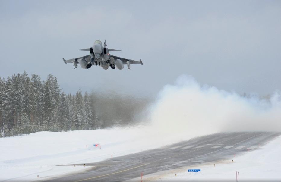 Novo conceito apoio Gripen desdobrado - foto 4 Forças Armadas Suecas