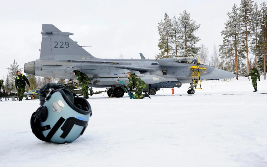 Novo conceito apoio Gripen desdobrado - foto 6 Forças Armadas Suecas