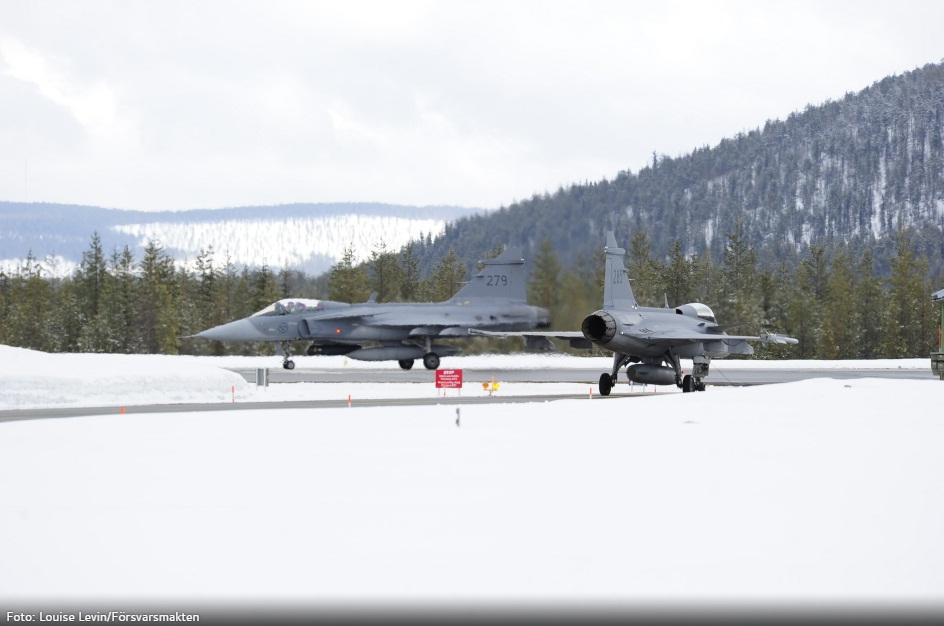 Desdobramento Ala 21 em Jokkmokksbasen - foto 3 Forcas Armadas da Suecia