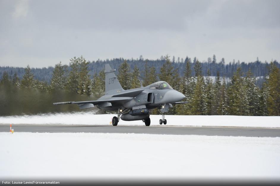 Desdobramento Ala 21 em Jokkmokksbasen - foto 5 Forcas Armadas da Suecia