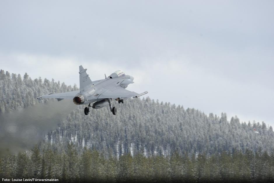 Desdobramento Ala 21 em Jokkmokksbasen - foto 6 Forcas Armadas da Suecia