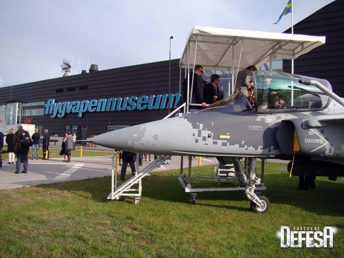 Saab evento Museu Forca Aerea Sueca 16-5-2015 - foto 1 Nunao - Poder Aereo
