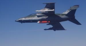 A-1 em ensaios com mísseis antirradiação MAR-1
