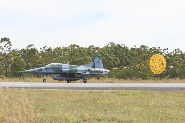 F-5EM Exercicio Sabre - foto FAB