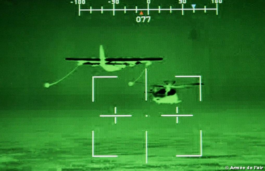 REVO noturno Caracal frances com MC-130J americano - foto 2 Forca Aerea Francesa