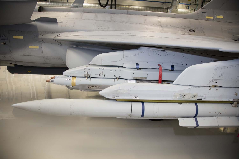 Visita hangar testes Saab 19-5-2016 - foto 11 Saab