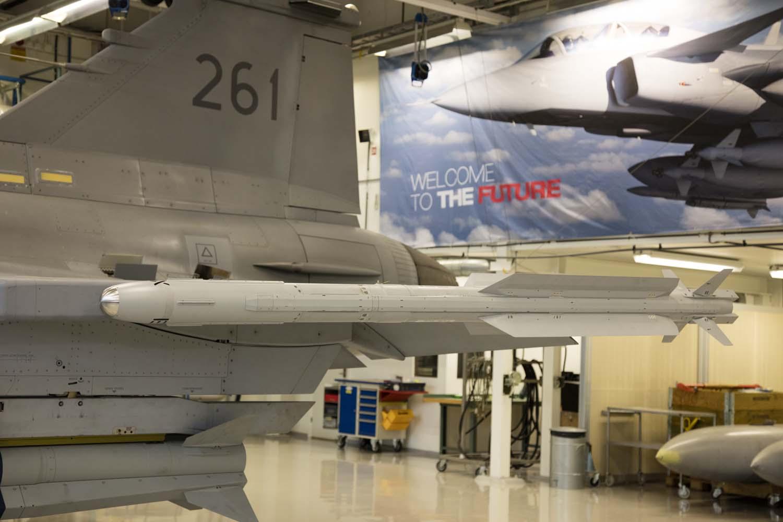 Visita hangar testes Saab 19-5-2016 - foto 13 Saab