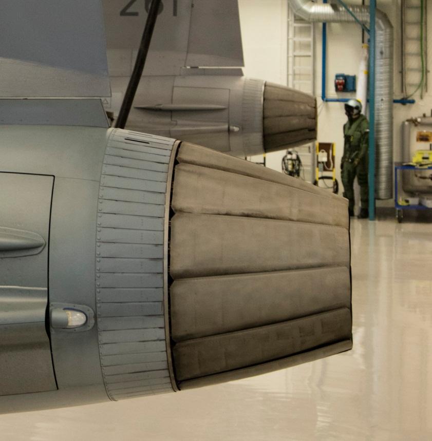 Visita hangar testes Saab 19-5-2016 - foto 17 Saab