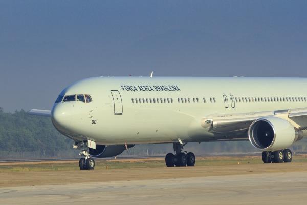 Boeing 767-300ER - FAB 2900 - foto 2 FAB