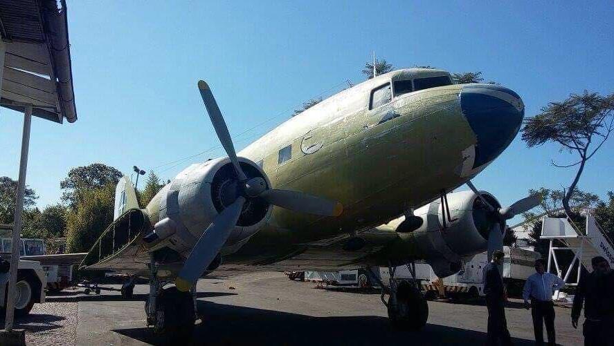 DC-3 antes da restauração