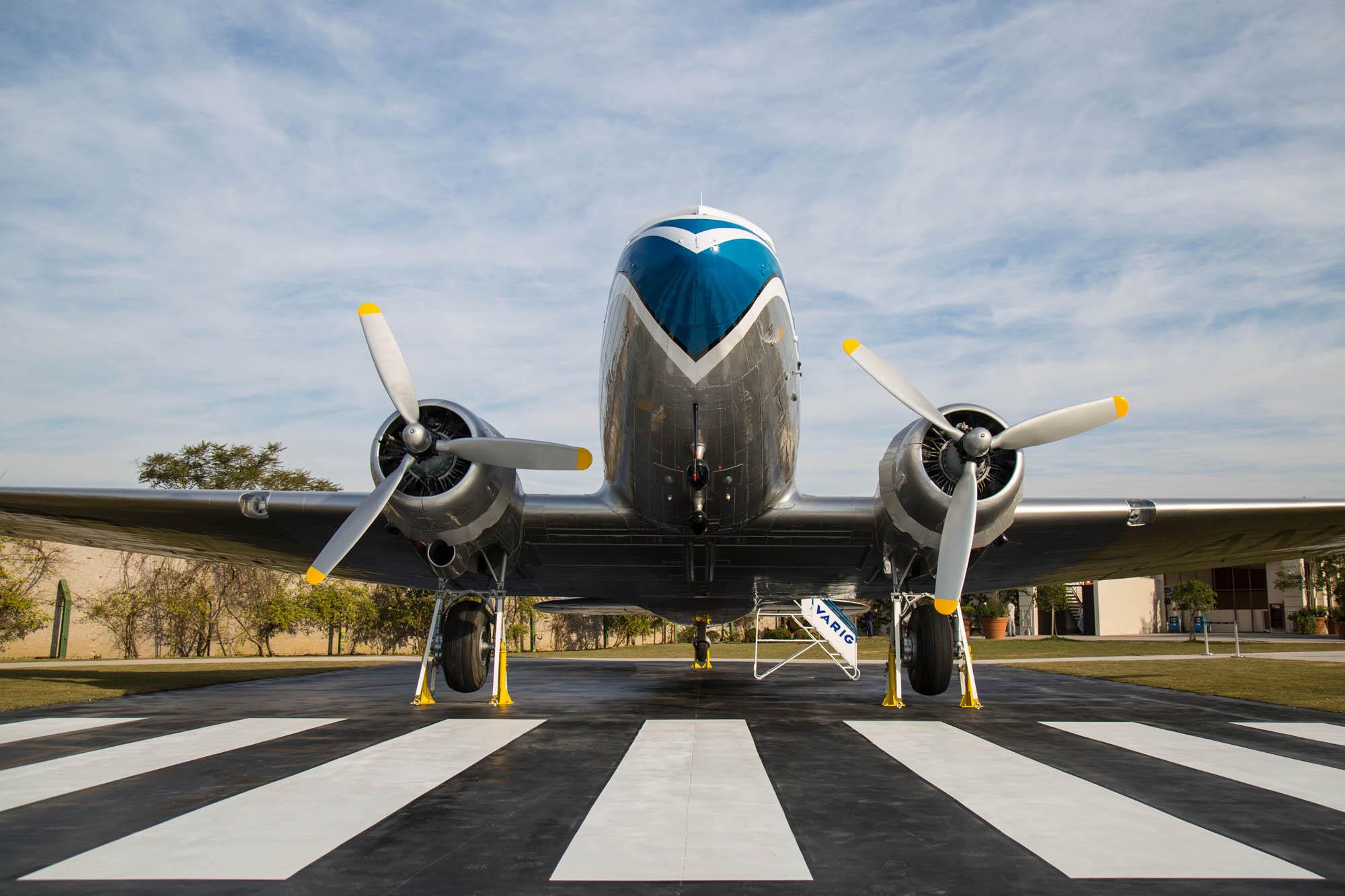 DC-3 da Varig restaurado - 2