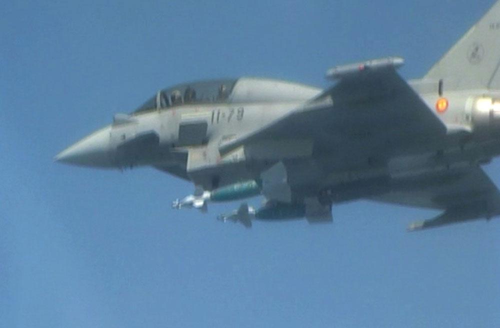 Eurofighter Tranche 2 da Espanha lanca bomba GBU-48 - foto 2 Forca Aerea Espanhola