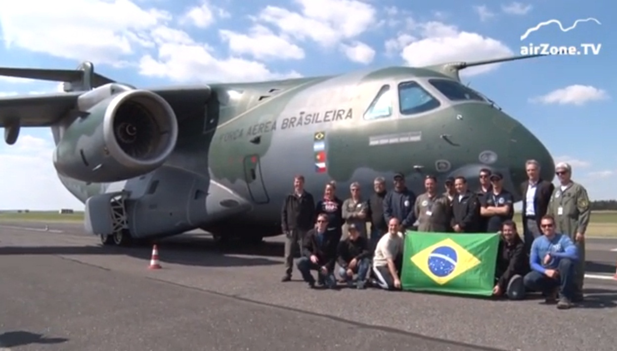 KC-390 na Republica Tcheca - cena 2 video Airzone TV