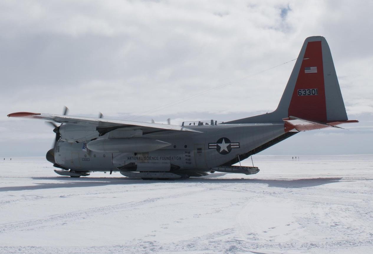LC-130 Hercules na Groelandia - foto 2 USAF