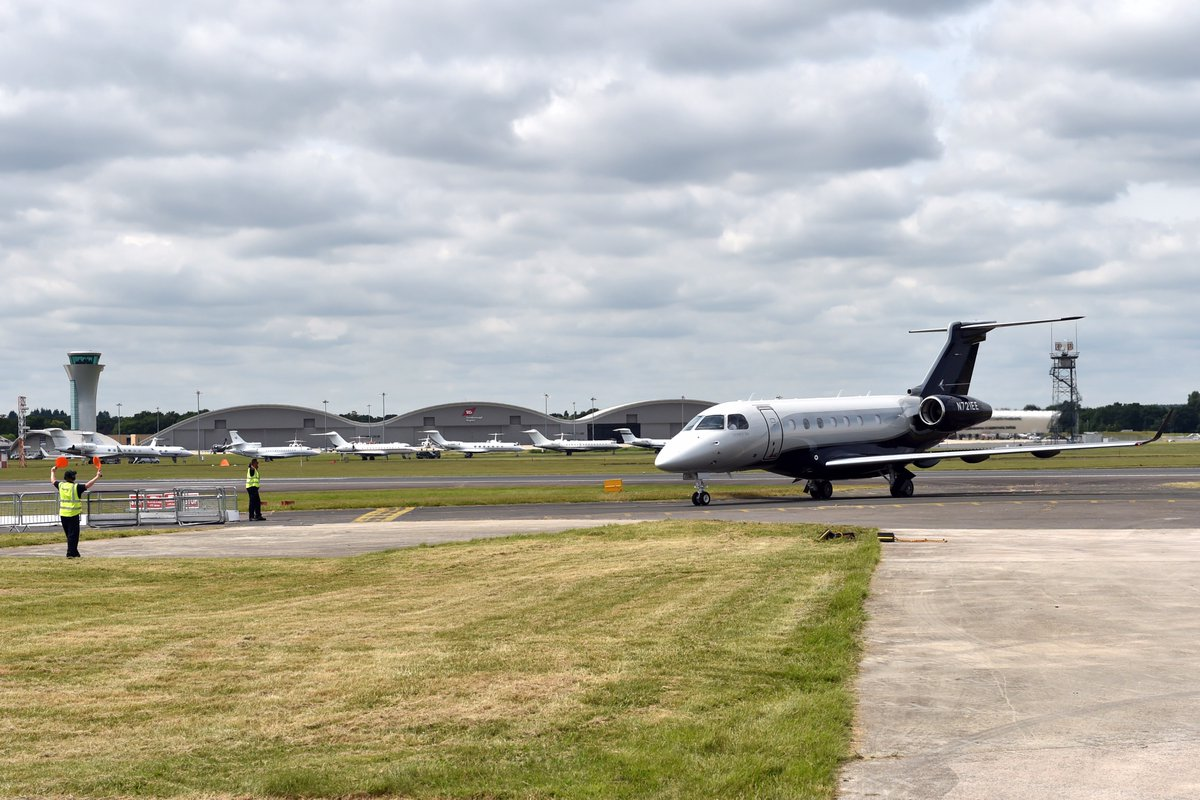 Legacy 500 em Farnborough em 7-7-2016 - foto via Twitter Embraer