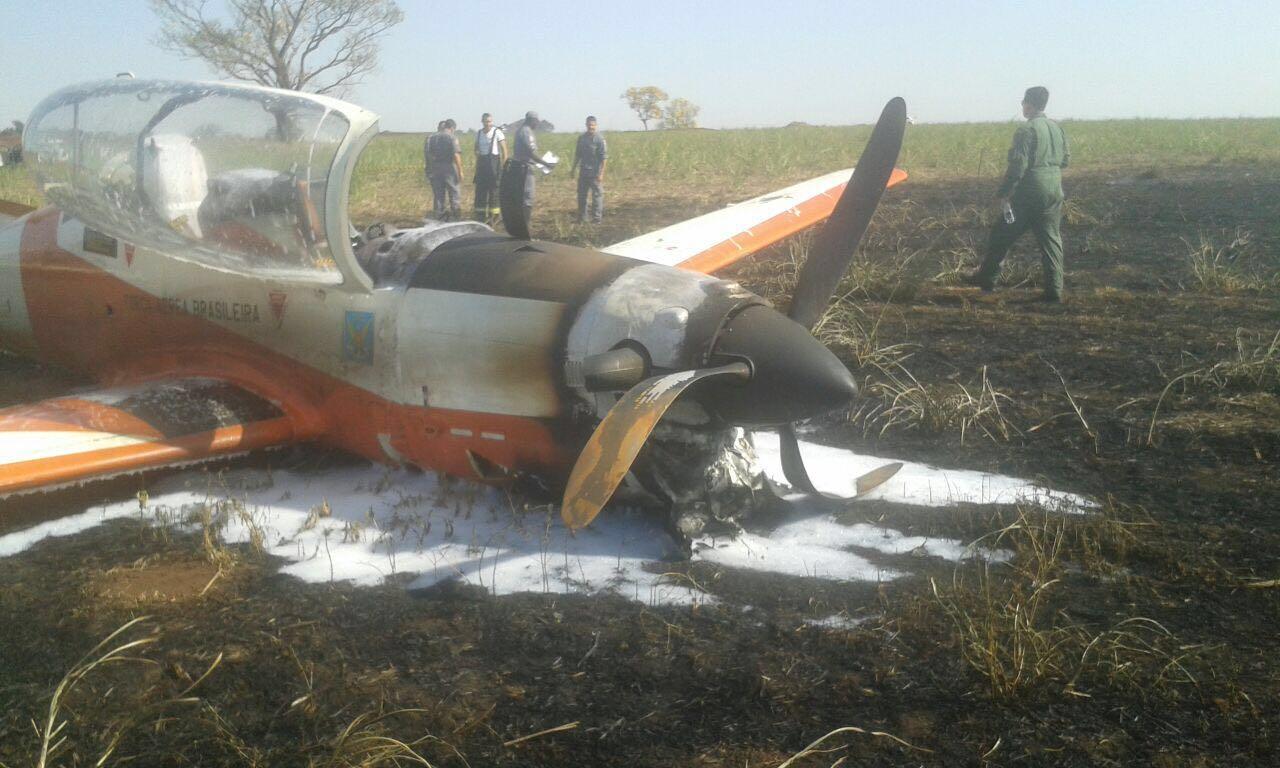 T-27 FAB acidentado em Pirassununga-SP - 3