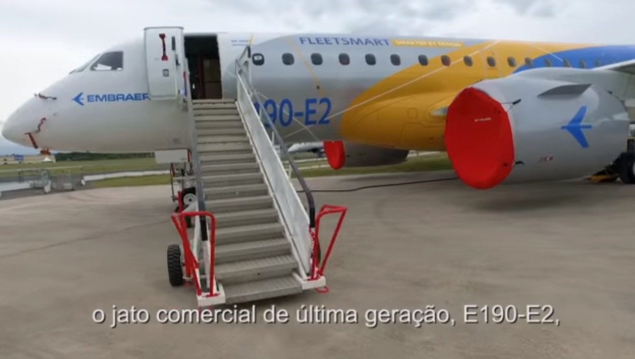 cena 6 video Embraer Farnborough 2016