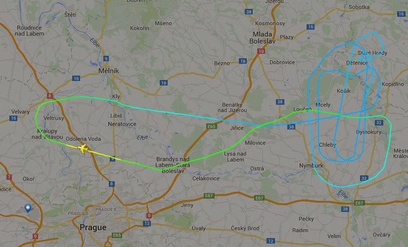 kc-390 na rep tcheca - voo 1