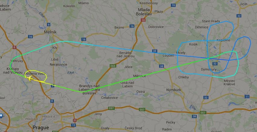 kc-390 na rep tcheca - voo 2