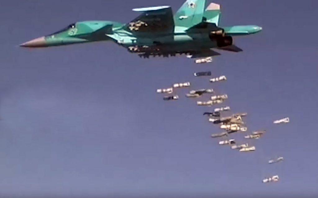 Su-34 ataca o ISIS na Síria