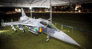 Mock-up do Gripen NG