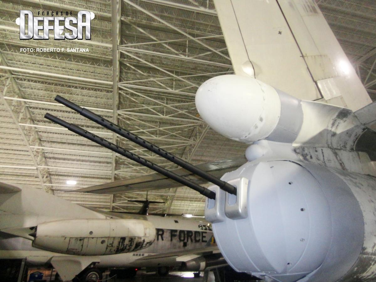 b-52-nacele-motor