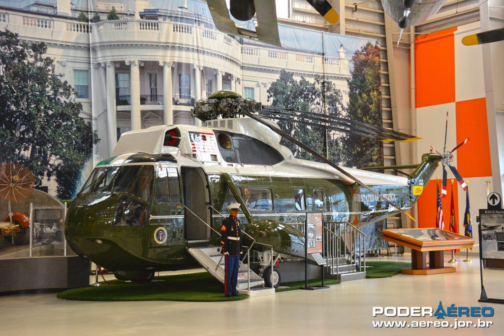 Helicóptero SH-3 Sea King usado no transporte do Presidente Nixon