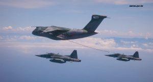 KC-390 revo com F-5