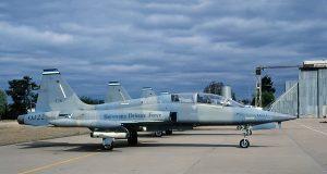 Canadair CF-5B de Botswana