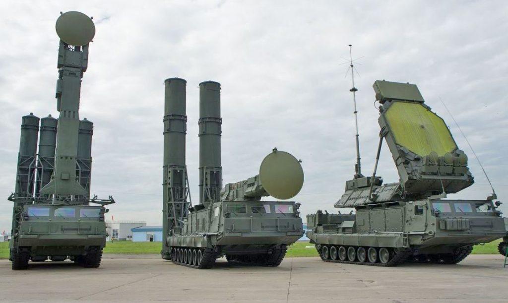 Sistema de defesa aérea S-300, conhecido como SA-10 Grumble pela OTAN