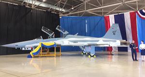 Primeiro F-5F Super Tiger da RTAF