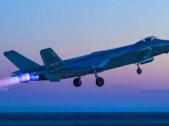 A PLAAF continua a trabalhar no J-20, seu mais recente caça furtivo, que agora está participando de treinamento aéreo de combate com caças J-16 e os mais novos caças multifuncionais J-10C