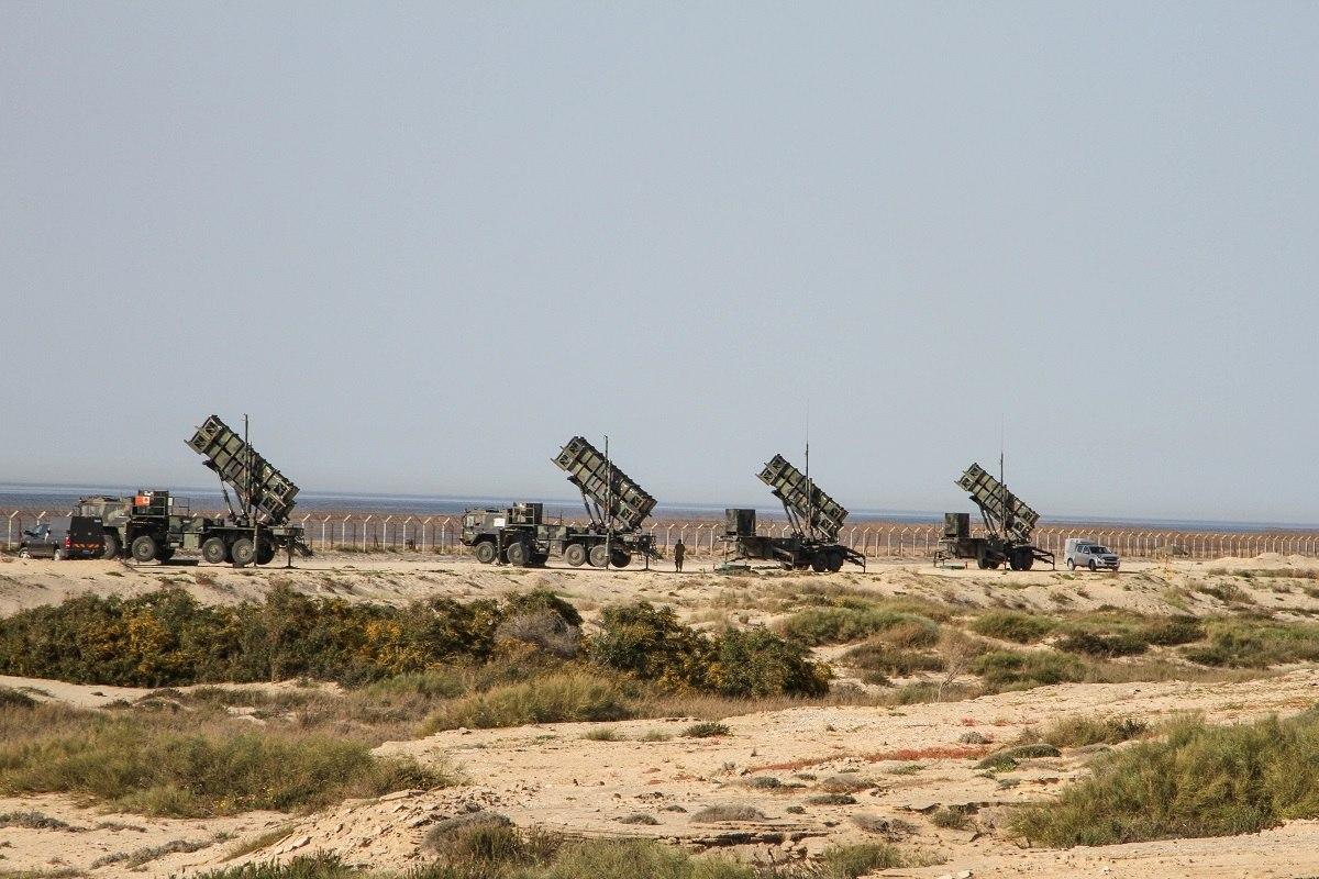 Israel derruba avio da fora area sria usando msseis patriot lanadores de msseis patriot em israel stopboris Image collections