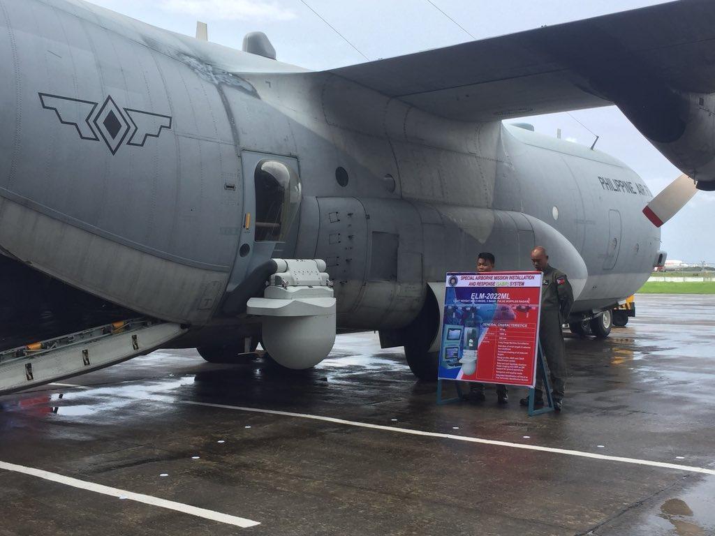 Radar Elta ELM-2022 ML no lado direito do C-130T da PAF
