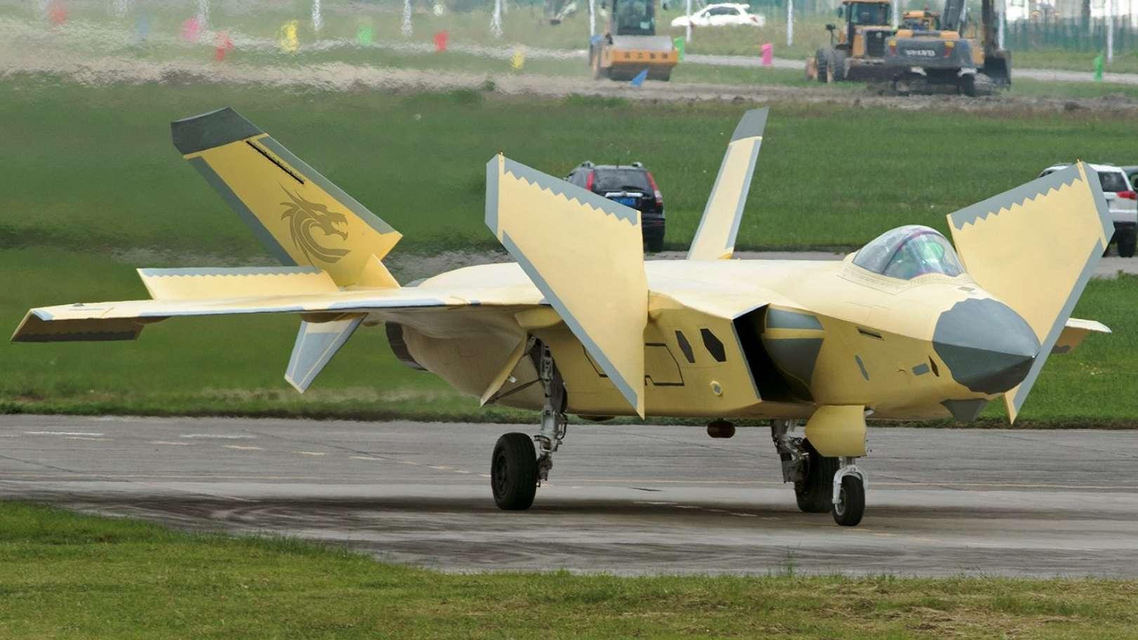 Caça J-20