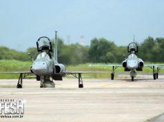 Caças F-5M na Base Aérea de Santa Cruz, em 2007