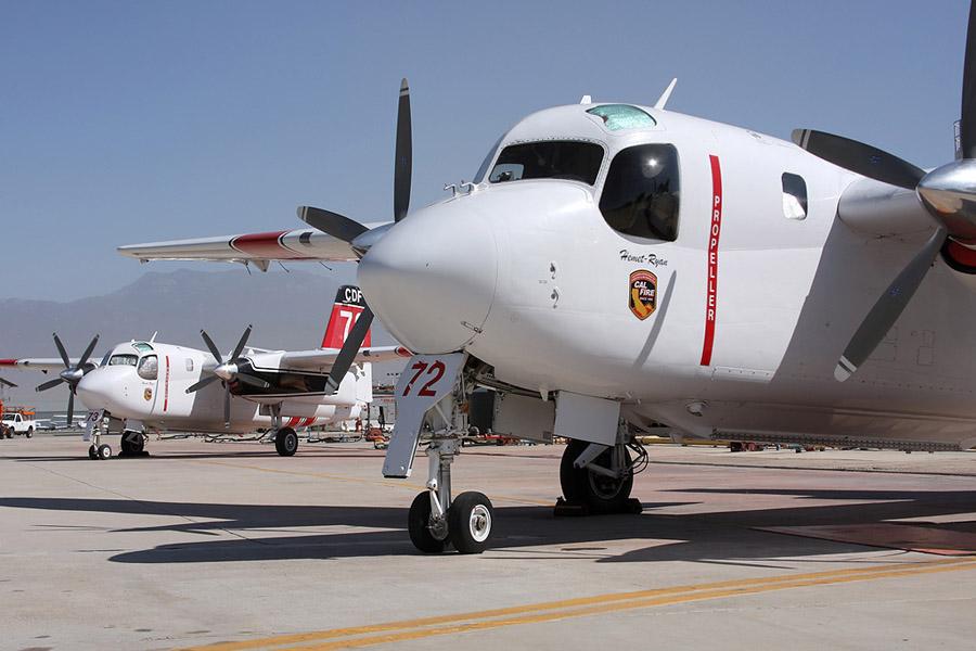 Os Turbo Trader da Marinha do Brasil ficarão semelhantes aos Turbo Tracker modernizados com turboélice empregados em alguns países. O motor selecionado para os aviões brasileiros é o TPE331-14GR-801Z da Honeywell (Garrett)