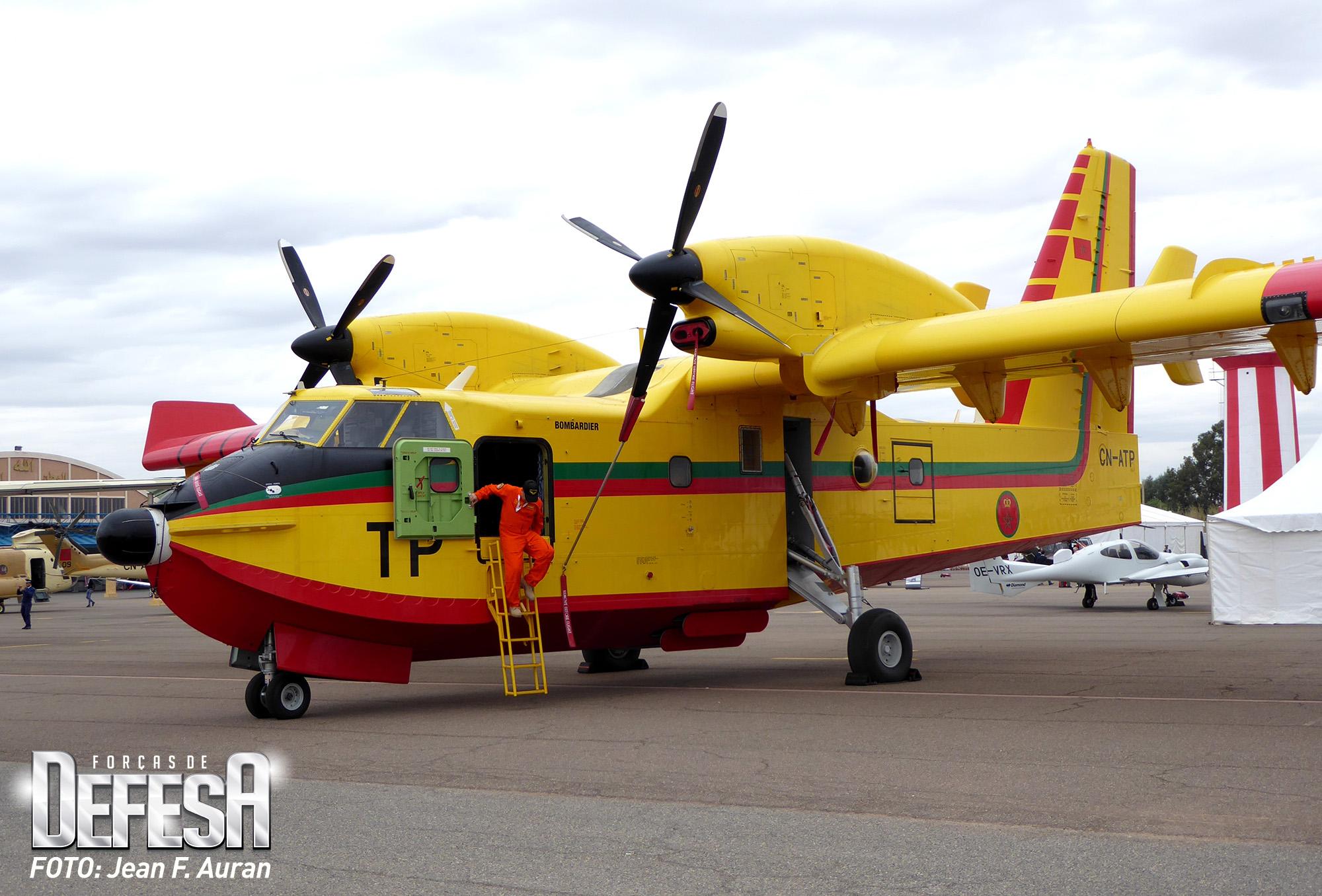 Photos CL-415 - Page 6 Canadair-marocain