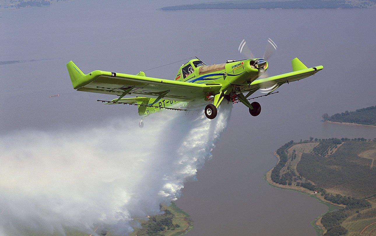 Resultado de imagem para avião ipanema