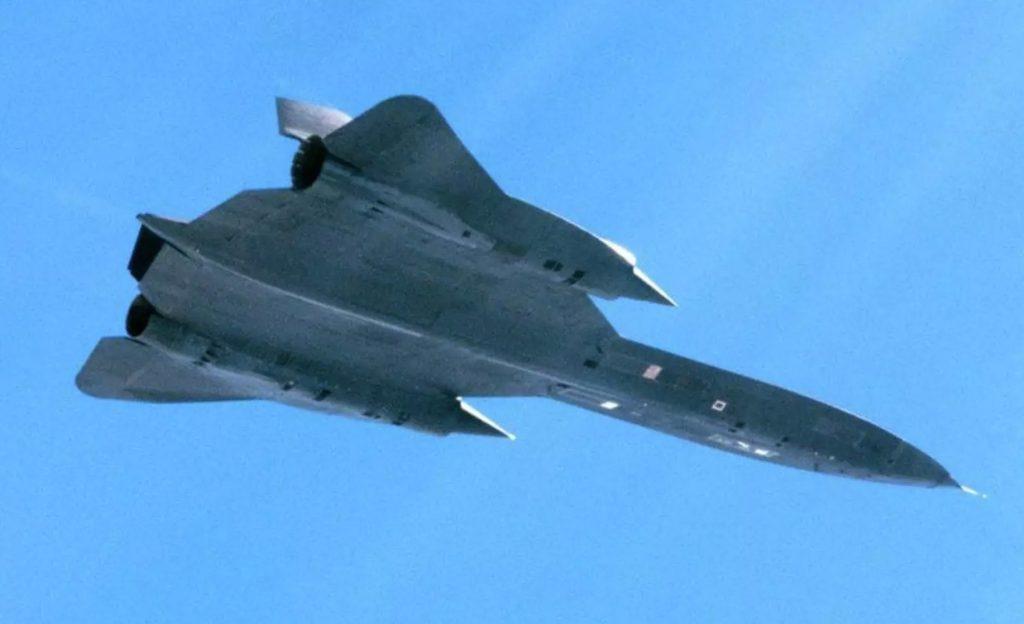 SR-71 fotografado por caça Viggen sueco