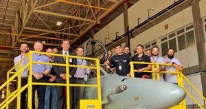 Aeronave AF-1B N-1013 da Marinha do Brasil em fase final de Modernização na empresa Embraer