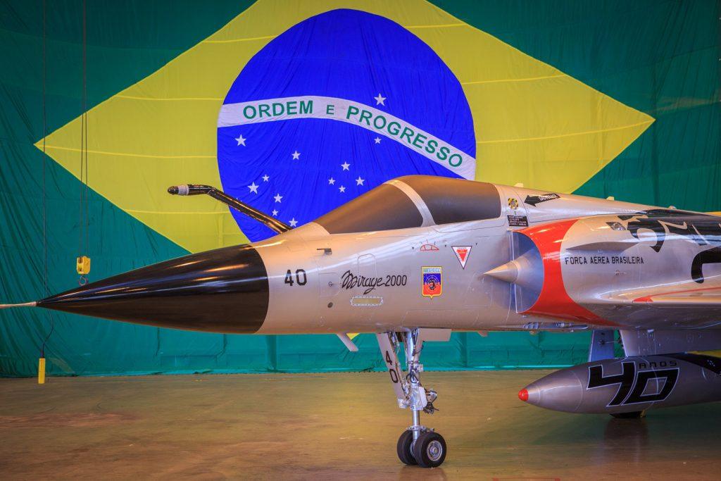Mirage 2000 com pintura comemorativa dos 40 anos do 1º GDA