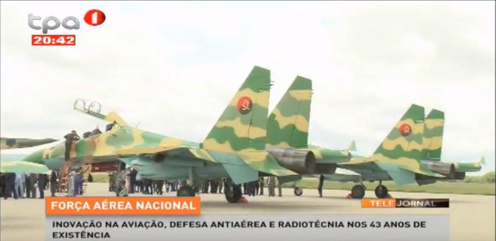 Reprodução de imagem de TV dos Su-30K de Angola