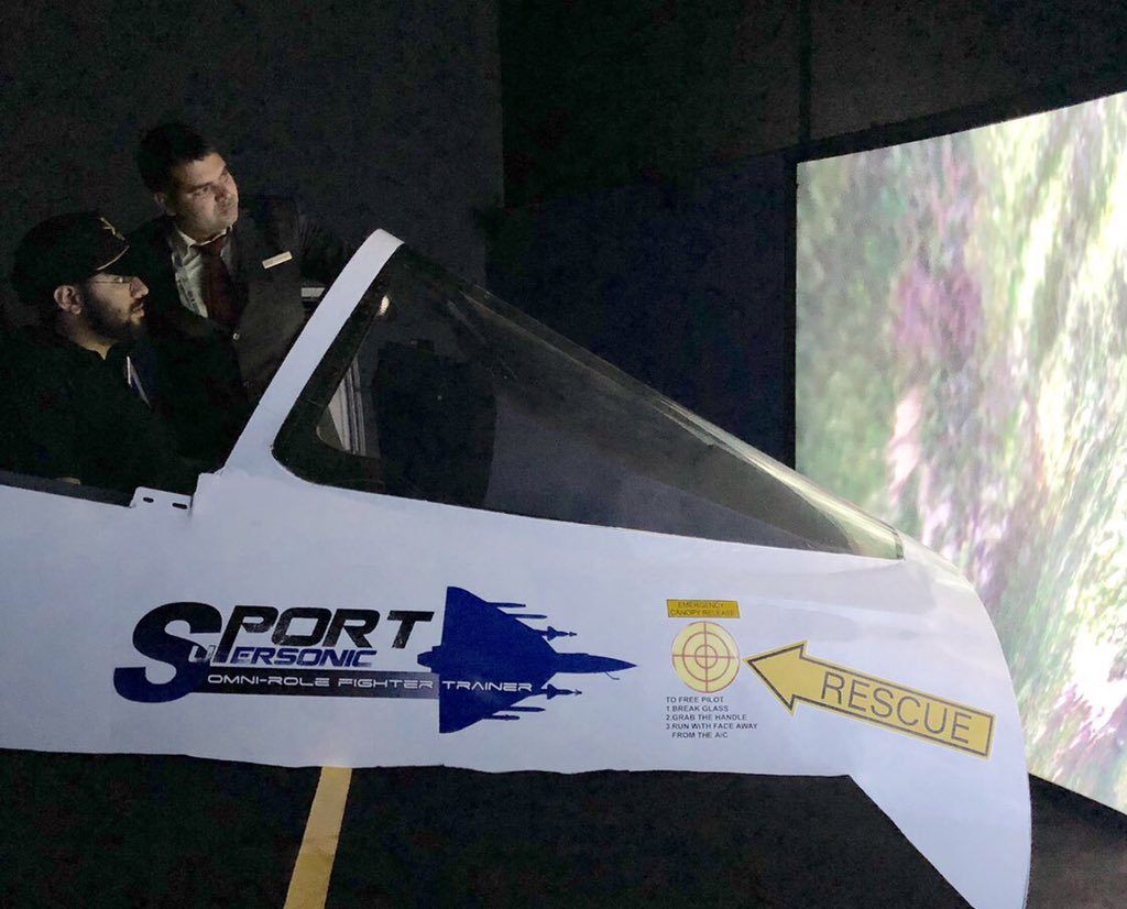 Simulador do HAL Supersonic Omni Role Trainer Aircraft (SPORT)