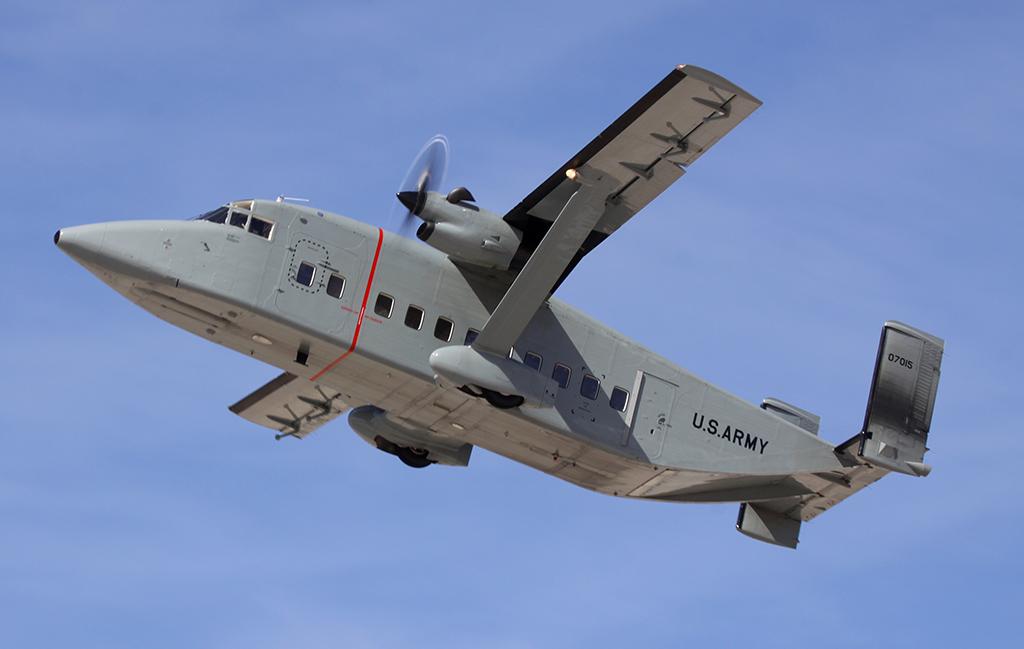 C-23 Sherpa, avião que o Exército planejava adquirir para o retorno das operações de asa fixa