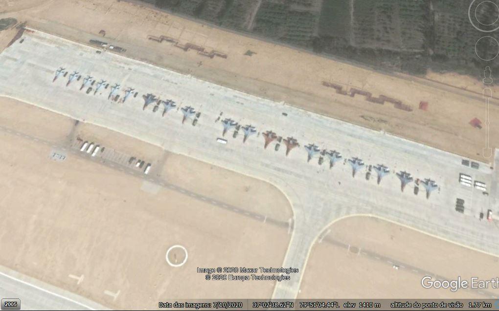 Hotan Air Base close 01.JPG