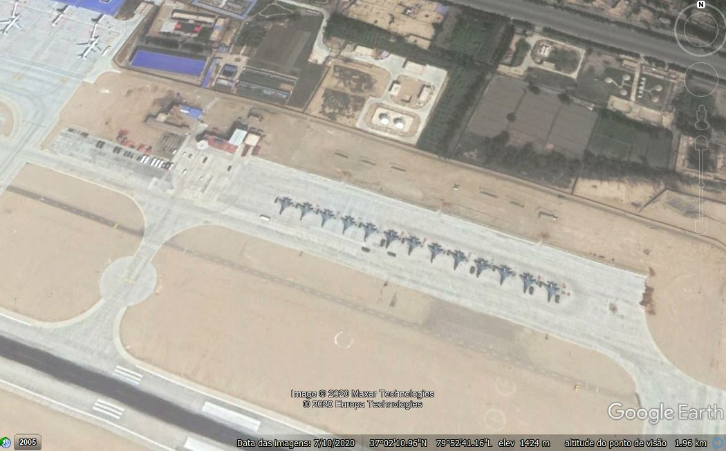 Hotan Air Base close 02.JPG